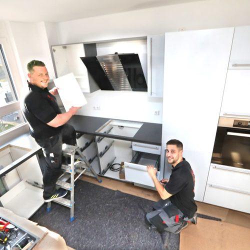 Mitarbeiter von Bohn Küchen auf Montage